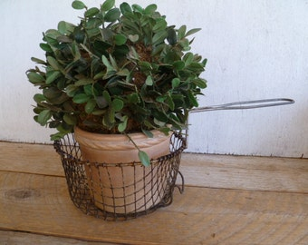 Vintage Farmhouse Rustic Wire Fry Basket French Country