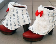 Steampunk Spats, Spats, Victorian Spats, ShoeCover, Goth Style, Boot Covers, off-white Spats, Ankle Cuffs, Boots Cuff