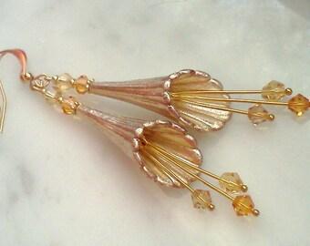Hand Painted Lucite Earrings, Flower Earrings, Gold Flower Earrings, Hand Made Earrings, Trumpet Flower Earrings, Lucite Flower Earrings