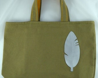 Bag khaki canvas and leather pen