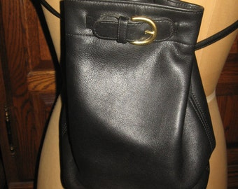 "Coach ~ Backpack ~ Vintage ~ Black Glove Tanned Leather ~ Unisex ~ Medium ~ 9"" X 9"" ~ Base 7"" X 4"""
