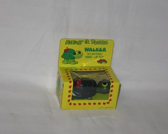 vintage 1977 aviva ent.  freddy b. turtle walker windup toy