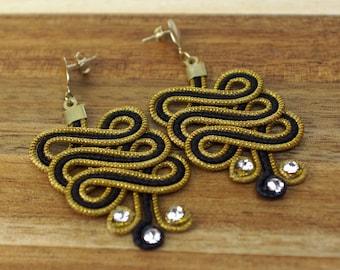 Black and Gold Earrings, Statement Earrings, Fiber Earrings, Organic Chandelier Earrings, Tango earrings, Spiral Earrings, Natural Earrings