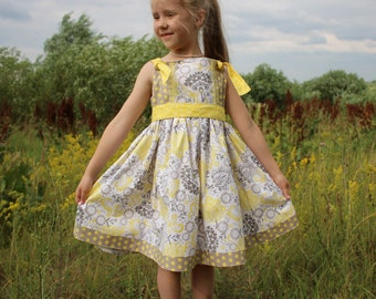 Girls Summer knot dress. Made to order : sizes 1T - 6.