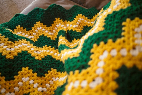 Crochet Pattern Green Bay Packer Afghan : Green Bay Packers Crocheted Blanket Crochet Afghan