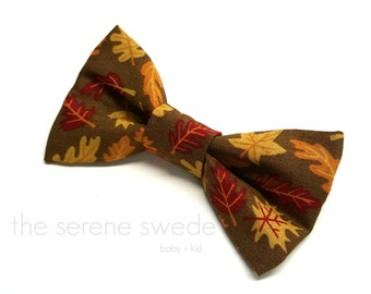Fall Toddler Clip on Bow Tie / Fall Child Bow Tie / Autumn Bow Tie / Boy Clip on Bowtie / Fall Toddler Bowtie / Autumn Leaves Child Bowtie/