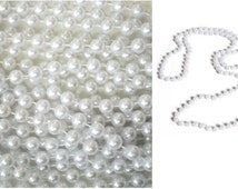 White Large Faux Pearl Necklaces 8 mm For Crafting Or Crafting Embellishments, Decorate Chandelier For Holiday Party Or Wedding Decoration