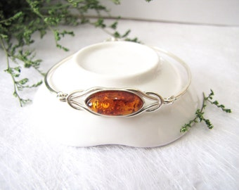 Love Knot Baltic Amber Bangle, Baltic Amber Bracelet, Honey Baltic Amber from Poland, Inclusion Fossil, Sterling Silver Bangle