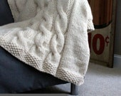 Blanket KNITTING PATTERN / Throw / Cable Knit / Super Bulky Yarn / Gift / Christmas / Wedding / PDF Instant Download