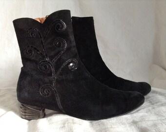 Boots vintage Black Suede heels 4 cm, Azuree Cannes, size F 40, UK 6.5 US 8.