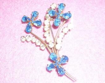 vintage jewelled brooch