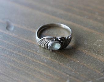 Vintage Ornate Design Sterling Silver Ring Size 7.5