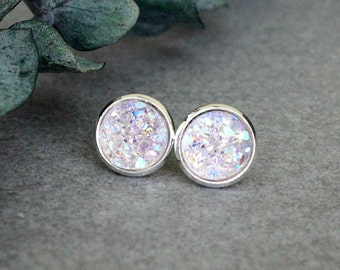 Lavender Stud Earrings, Light Purple Stud Earrings, Lavender Druzy Earrings, Lavender Post Earring, Lavender Druzy Earrings, Purple Earrings
