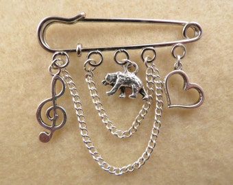 Shakespeare Twelfth Night kilt pin brooch (50 mm)
