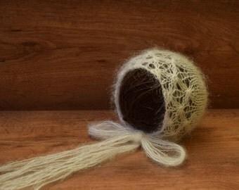 Newborn mohair bonnet / Newborn bonnet / Mohair hat / Hand knit bonnet