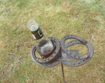 Horseshoe Beverage Holder: Outdoor Can Bottle Beverage Drink Holder for Camping or Yard