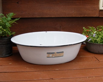 Enamel Tub, Enamelware Basin, Large White Oval Enamelware Basin, Maid of Honor Kitchen Necessities