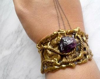 Vtg BRUTALIST AMETHYST CUFF - Vintage 70s Bracelet Gold Brass and Raw Amethyst Purple Natural Crystal Boho Bohemian Style Handmade 1970s