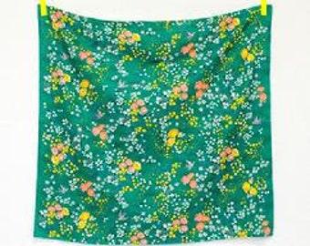 """Nani Iro """"En Garden"""" green Double Gauze"""