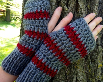 Gray Fingerless Crochet Gloves Merlot Stripe Rib Knit Cuff