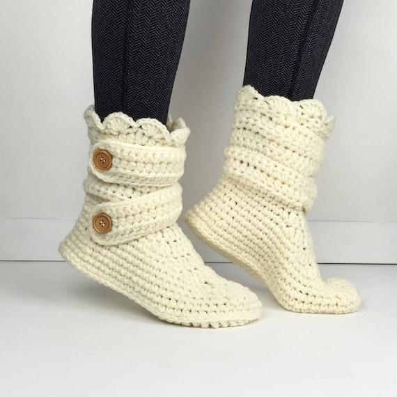 articles similaires crochet cr me chausson bottes chaussons mesdames des femmes tricot. Black Bedroom Furniture Sets. Home Design Ideas