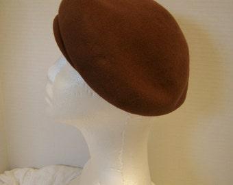 Vintage Ladies Wool Brown Beret Hat