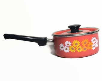 Retro Saucepan, Orange with Flowers