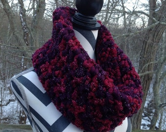 Cowl. Crocheted cowl. Reds and maroons cowl.