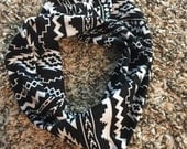 Black and white infant/toddler/youth infinity scarf
