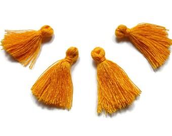 Mini Tassels // 5 Pieces Tiny Vibrant Orange Tassels - Cotton Tassels - PS006