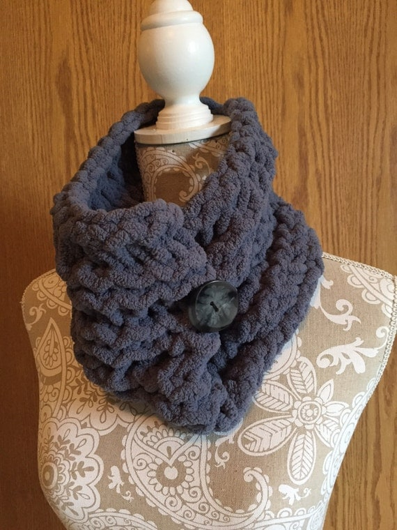 Button Cowl - a loom knit pattern