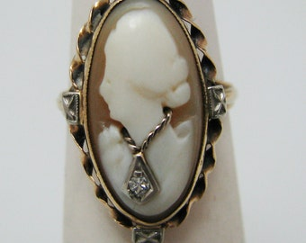 c303 Vintage Shell Cameo Ring in 10 k Yellow gold
