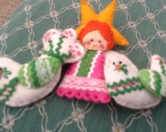 3 Homemade Felt Christmas Ornaments