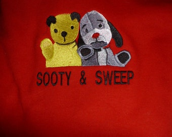 SOOTY & SWEEP  Personalised Towel Set - Hand and Bath - Great Gift