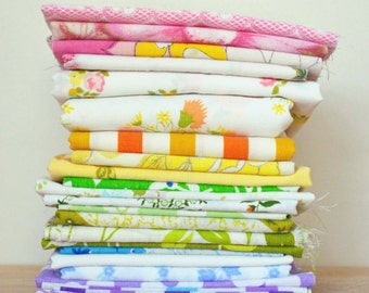 MULTI Color. Vintage Sheet Scrap Bundle By The Pound. Stash Builder. Fabric Bundle. Floral. Gingham. Upcycle. Pink Yellow Green Blue Purple