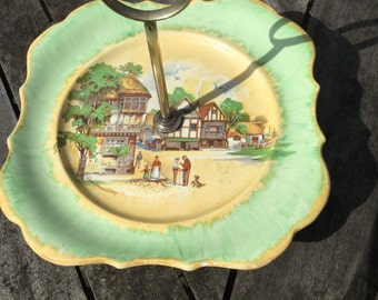 Cake plate with village scene