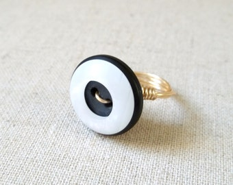 Black & White Gold Wire Wrapped Ring