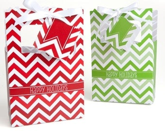 12 Chevron Red and Green Favor Boxes - Custom Holiday Party Supplies