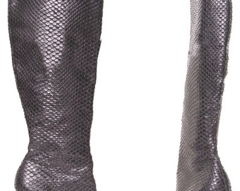 REPORT SIGNATURE Vintage Snakeskin Embossed Black Leather Knee-high Stiletto Boots Size 7.5M