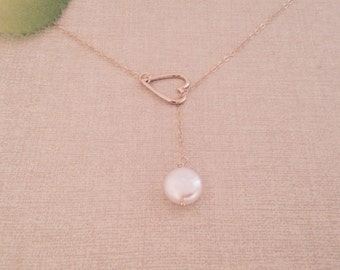 Heart and swarovski crystal coun pearl lariat necklace