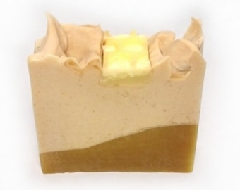 Bee love vegan SOAP with oat milk