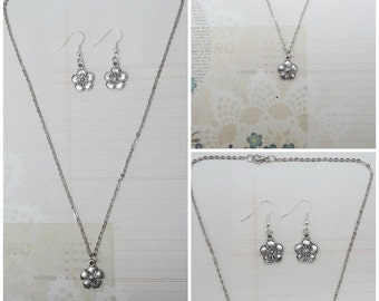 Silver Flower Necklace and Earring Set - Ready to Ship