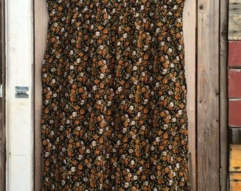 Vintage Sleeveless Autumnal Floral Smocked Dress