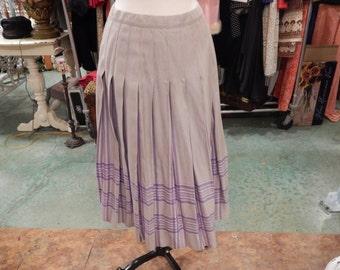 Pleaded Pendleton skirt