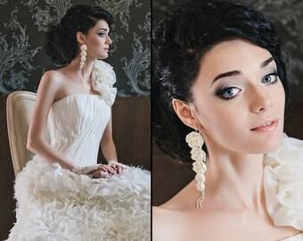 Ivory Peony Earrings Vintage Style White Flower Post Earrings Wedding Bridal Earrings Bridesmaids Gift  Flowers earrings Rustic wedding