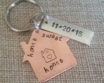 Home Sweet Home House Keychain. Realtor closing gift. New house gift.