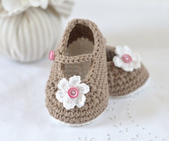 Crochet Pattern For A Baby Jacket : CROCHET PATTERN Baby Shoes Mary Janes Photo Tutorial Crochet