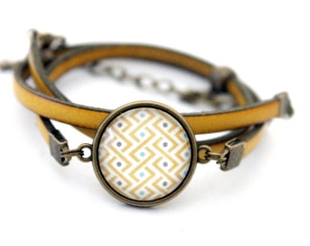 "Bracelet yellow leather 3 rounds with cabochon ""graphic braid yellow and turquoise"" brass vintage"