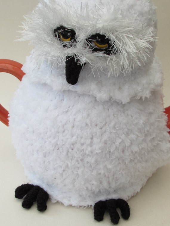 Snowy Owl Knitting Pattern : Snowy Owl Tea Cosy Knitting Pattern from TeaCosyFolk on ...