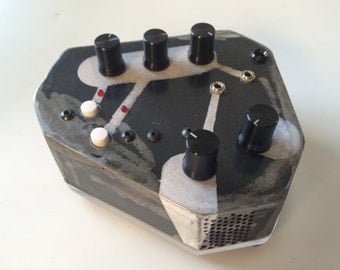 DRONE, Noise & Percussion Synth with CV + Gate inputs